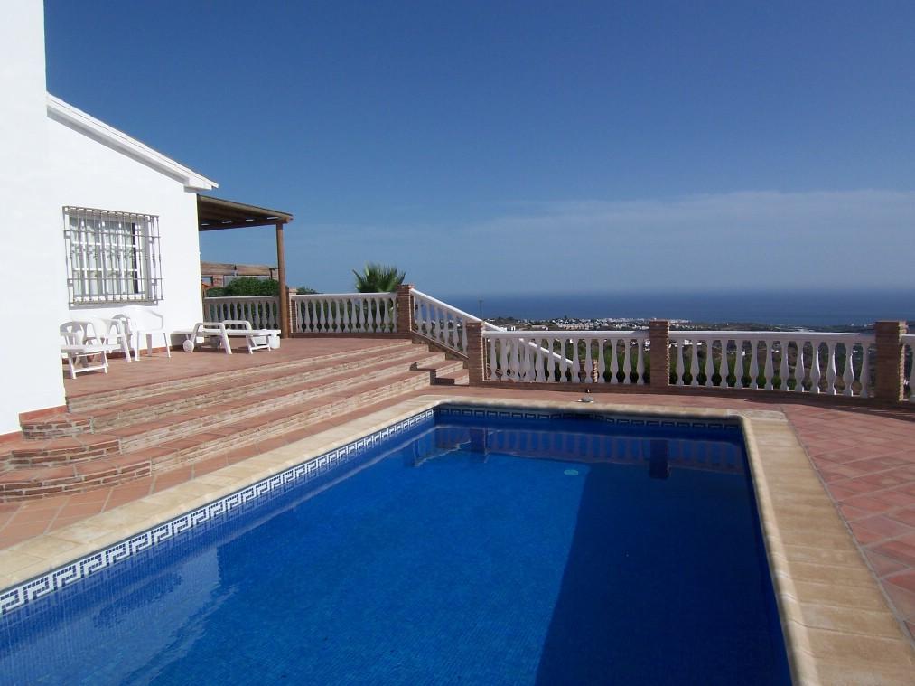 Villa for rent in Frigiliana - Costa del Sol East