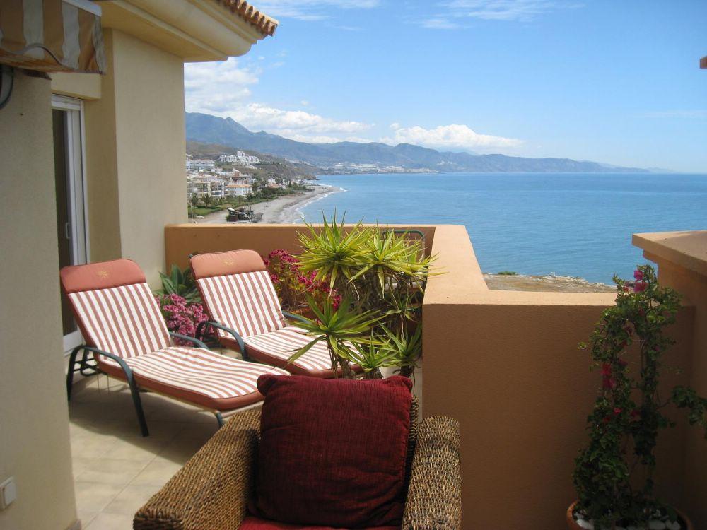 Penthouse for rent in Casas-ibáñez - Costa del Sol East