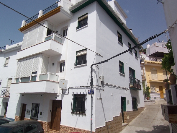 Town house for sale in Casas-ibáñez - Costa del Sol East