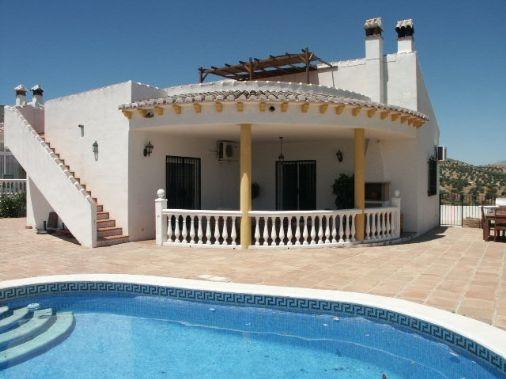 Villa for rent in Viñuela - Costa del Sol